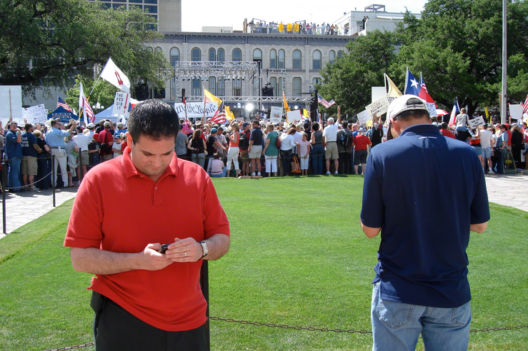 Political Operatives Push Tax Protesters' Buttons